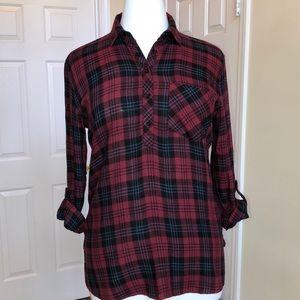 id:23 Plaid Red and Black Shirt